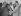 Le président égyptien Gamal Abdel Nasser serrant la main du président syrien Shudry al-Kuwatli devant le roi Saud d'Arabie Saoudite. Riyad (Arabie Saoudite), septembre 1956. © TopFoto / Roger-Viollet