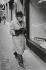 Magasin Chanel dans Bond Street. Londres (Angleterre), 1959. © Jean Mounicq/Roger-Viollet