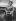 Guerre 1939-1945. Femme FFI. © Roger-Viollet