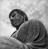 Le grand Bouddha Dai Butsu, dans le temple de Kotoku-in (1252). Gros plan de la tête. Kamakura (Japon), mars 1962. © Roger-Viollet