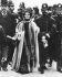Emmeline Pankhurst (1858-1928), suffragette britannique, arrêtée pendant une manifestation. 1911. © Ullstein Bild / Roger-Viollet