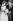 Mariage de John F. Kennedy (1917-1963), homme politique américain, et de Jackie (1929-1994). Newport (Etats-Unis), église Sainte-Marie, 12 septembre 1953. © TopFoto / Roger-Viollet