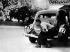 Guerre 1939-1945. Libération de Paris. F.F.I. à l'affût derrière une traction-avant Citroën, août 1944.       © LAPI/Roger-Viollet