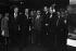 Maurice Druon, Henri d'Orléans, comte de Paris,  X et l'amiral Philippe de Gaulle (de gauche à droite) au vernissage d'une exposition du peintre Georges Mathieu (de profil). France, 18 novembre 1980.  © Carlos Gayoso/Roger-Viollet