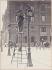 Nettoyeur de réverbères, place du parvis Notre-Dame. Paris (IVème arr.), vers 1900. Photographie de Louis Vert (1865-1924). Paris, musée Carnavalet. © Louis Vert/Musée Carnavalet/Roger-Viollet