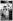 Edith Roosevelt (1861-1948), épouse de Theodore Roosevelt (1858-1919), homme d'Etat américain, et Alice Roosevelt Longworth (1884-1980), fille aînée de Theodore Roosevelt et de sa première épouse Alice Hathaway Roosevelt (1861-1884), sur le pont d'un bateau. © The Image Works / Roger-Viollet