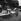 Travaux de goudronnage. Paris, août 1960.     © Roger-Viollet