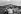Fidel Castro (1926-2016), homme d'Etat et révolutionnaire cubain, accompagnant une promotion de médecins dans leur escalade du Pico Turquino, dans la Sierra Maestra. Cuba, vers 1960. © Gilberto Ante / Roger-Viollet
