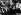 Conférence du Caire, novembre 1943. De gauche à droite : Franklin Roosevelt (1882-1945), président des Etats-Unis, entre Tchang Kai-Chek (1887-1975), homme d'Etat chinois et son épouse. © Roger-Viollet