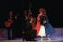 """""""Casse-Noisette"""", chorégraphie de Maurice Béjart. Musique : Piotr Ilitch Tchaikovski. Composition originale : Yvette Horner. Costumes : Anna de Giorgi. Costume d'Yvette Horner : Jean-Paul Gaultier. Lumières : Clément Cayrol. Yvette Horner et la compagnie Béjart Ballet Lausanne. Turin (Italie), Teatro Regio, 2 octobre 1998. © Colette Masson / Roger-Viollet"""