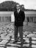 Le prince Juan Carlos (né en 1938), dans les jardins du palais royal. Madrid (Espagne), 1963.  © Ullstein Bild/Roger-Viollet