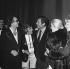 Michel Legrand, Caterina Valente, Marcello Mastroianni et Catherine Deneuve. Gala Michel Legrand. France, 1972. © Patrick Ullmann / Roger-Viollet