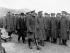 """Guerre 1914-1918. David Lloyd George (1863-1945) et Sir Henry Mackinnon (1852-1929), général de l'armée britannique, inspectant des """"Royal Welch Fusiliers"""", régiment d'infanterie. Llandudno (Pays de Galles), mars 1916.  © PA Archive/Roger-Viollet"""
