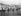 Boulogne-sur-Mer (Pas-de-Calais). La plage à l'heure des bains. 1890-1900. © Neurdein/Roger-Viollet