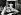 Bouchers livrant des pièces de boeuf au marché des Halles. Paris, dans les années 1960. © Harold Chapman/The Image Works/Roger-Viollet
