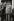 Guerre d'Algérie (1954-1962). Charles de Gaulle (1890-1970), homme politique français. Derrière lui : Jacques Soustelle (1912-1990), homme politique et ethnologue français. Alger (Algérie), 1958. © Jean Mounicq / Roger-Viollet