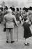 Relève de la Garde à Buckingham Palace. Londres (Angleterre), 1958. © Jean Mounicq/Roger-Viollet