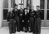 Guerre 1939-1945. Au centre : Mélinée Manouchian (1913-1989), immigrée résistante d'origine arménienne, devenue française à la Libération. 5 octobre 1944 (recto). © Archives Manouchian / Roger-Viollet
