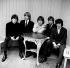 """Keith Richards, Brian Jones, Mick Jagger, Charlie Watts et Bill Wyman, membres du groupe de rock anglais """"The Rolling Stones"""". 12 septembre 1964. © PA Archive / Roger-Viollet"""