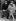 Johnny Hallyday (1943-2017), acteur et chanteur français, avec sa femme Sylvie Vartan (née en 1944), chanteuse française d''origine bulgare. 1967. © Ullstein Bild/Roger-Viollet