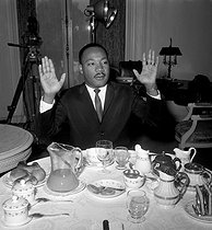Martin Luther King (1929-1968), pasteur américain. Londres (Angleterre), Ritz Hotel, 21 octobre 1964. © PA Archive / Roger-Viollet