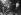 Andy Warhol (1928-1987), artiste et cinéaste américain, chez Maxim's. Paris. © Jack Nisberg / Roger-Viollet