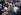 Claude Lanzmann (1925-2018), réalisateur et écrivain français, lisant un texte lors des funérailles de Simone de Beauvoir (1908-1986), femme de lettres française. Paris, cimetière du Montparnasse, 19 avril 1986. © Roger-Viollet