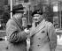 Bernard Montgomery (1887-1976), officier militaire britannique, interviewé par un journaliste de la BBC après un voyage à Berlin pour un entretien avec Vassili Sokolovski (1897-1968), maréchal soviétique. Londres (Angleterre), 7 avril 1947. © PA Archive/Roger-Viollet
