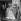 """""""L'Ainé des Ferchaux"""", film de Jean-Pierre Melville. Jean-Pierre Melville, Jean-Paul Belmondo, Michèle Mercier et Charles Vanel. France, 14 septembre 1962.  © Alain Adler / Roger-Viollet"""