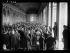 Guerre 1914-1918. Signature du traité de Versailles : la séance historique dans la Galerie des Glaces, le 28 juin 1919. © Excelsior - L'Equipe / Roger-Viollet
