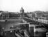 Le pont des Arts et l'Institut de France. Paris (VIème arr.), vers 1900. © Neurdein/Roger-Viollet