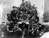 Guerre 1914-1918. Foule célébrant la signature de l'armistice dans les rues de Londres, 11 novembre 1918. © TopFoto / Roger-Viollet