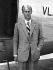 Le prince Philip de Grèce et de Danemark (né en 1921). Aéroport de Londres (Angleterre), 27 août 1947. © TopFoto / Roger-Viollet
