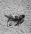 Baigneuse. Côte d'Azur, 1932. © Boris Lipnitzki/Roger-Viollet