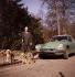 Homme promenant ses chiens. France, années 1960. © Roger-Viollet