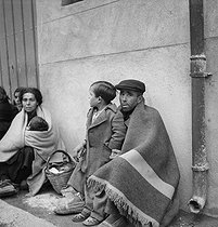 Spanish Civil War (1936-1939) : The Retirada, exodus of Spanish civilians © Gaston Paris / Roger-Viollet