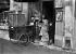 Postier parisien. 31 décembre 1938.     © LAPI/Roger-Viollet