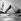 Scène de plage. Juillet 1977. © Angelo Melilli/Roger-Viollet