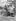 Chasseur et son cheval dans les rochers du Painted Desert (Arizona, Etats-Unis), vers 1940. © Imagno/Roger-Viollet