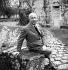 Christian Dior (1905-1957), couturier français. © Roger-Viollet