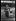 """Guerre 1914-1918. """"Les nouveaux métiers des femmes depuis la guerre"""" : garde-voie de la gare du Nord à Paris, juin 1917. © Excelsior – L'Equipe/Roger-Viollet"""