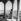 Le pavillon doré du Fort Rouge, avec une vue sur le Taj Mahal et la vallée du Yamuna. Agra (Inde), mars 1961. © Roger-Viollet