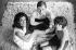 Jean-Louis Trintignant, acteur français, avec sa femme Nadine (à droite), cinéaste et écrivain française, et Florinda Bolkan (à gauche), actrice brésilienne. 1968. Photographie de Georges Kelaïdites (1932-2015). © Georges Kelaïditès / Roger-Viollet