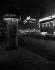Une colonne Morris, la nuit. Rue du Havre. Paris (IXème arr.). Photographie de René Giton dit René-Jacques (1908-2003). Bibliothèque historique de la Ville de Paris. © René-Jacques/BHVP/Roger-Viollet