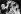 Le roi Paul Ier de Grèce (1901-1964), échangeant les couronnes lors de la seconde cérémonie de mariage de sa fille la princesse Sophie de Grèce (née en 1938) et du prince Juan Carlos (né en 1938), héritier du trône d'Espagne. Cathédrale d'Athènes (Grèce), 14 mai 1962. © TopFoto/Roger-Viollet