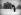 Photographe devant l'Arc du Carrousel. Paris (Ier arr.), janvier 1941. © Agence LAPI/LAPI/Roger-Viollet