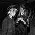 Sylvie Vartan et Françoise Hardy, à l'Olympia. Paris, novembre 1963. © Studio Lipnitzki/Roger-Viollet