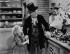 """Fossettes"" (Dimples), film de William A. Seiter. Shirley Temple et Frank Morgan. Etats-Unis, 1936. © TopFoto/Roger-Viollet"
