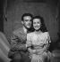 """""""L'Amour vient en jouant"""". Claude Dauphin et Danielle Darrieux. Paris, théâtre Edouard-VII. Mars 1947. © Studio Lipnitzki/Roger-Viollet"""