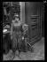 """Guerre 1914-1918. """"Les nouveaux métiers des femmes depuis la guerre"""" : Automobiliste. Paris, juin 1917. © Excelsior – L'Equipe/Roger-Viollet"""